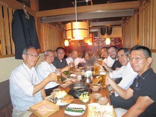 L-R: Nobi Hyakutake JA1JCF, Toru Kawauchi JH0CJH, Jun Hirai JI1IHV, Minoru Tomobe JL1NIE, Takeshi Abe JG1GPY, Andrew Ryan JI1GBE / VK3ARR, Junichi Susaki JI1TLL, Takeshi Saiki JS1UEH.
